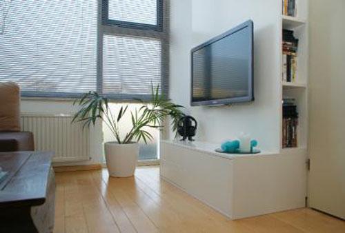 Magnifiek TV kabels wegwerken in een televisiekast &HC85