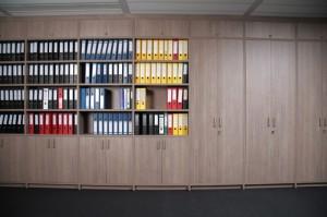 kantoorkast met ordners